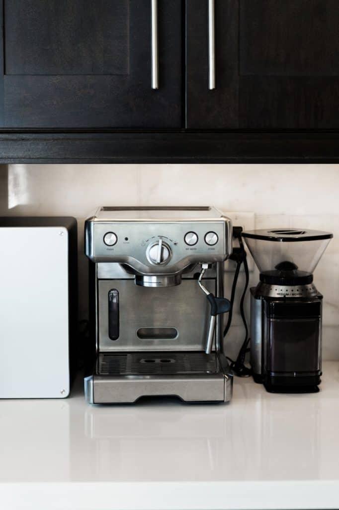 espresso-maker-and-grinder
